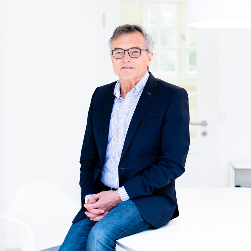 Karl Michalik, Steuerberater Kanzlei Dietloff und Oettinger