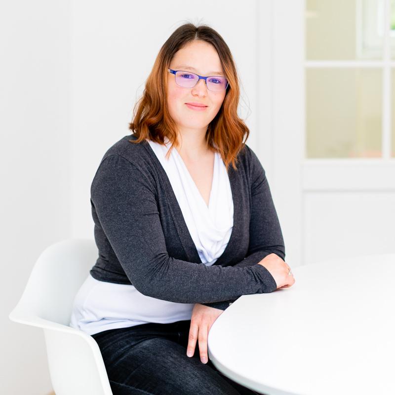 Sandra Friedrich, Steuerfachangestelle, Steuerberatung Dietloff und Oettinger Starnberg